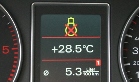 Bordcomputerfehlermeldung (Audi A4 Avant 2.4TDI)