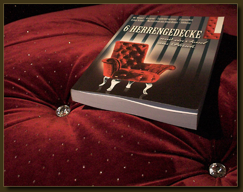 Das Buch, der Plüsch