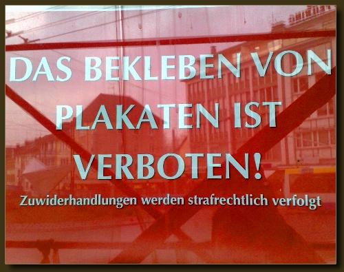 """Solingen, """"Innenstadt"""": Das Bekleben von Plakaten ist verboten."""