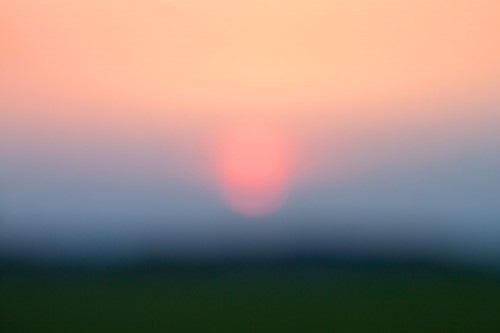 Sonnenuntergang im Fehlfokus