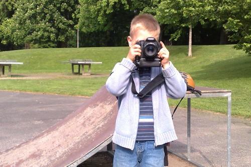 Kleiner Mensch, große Kamera...