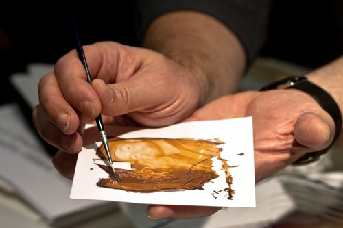 Michael Weyl führt den Emulsions Lift vor