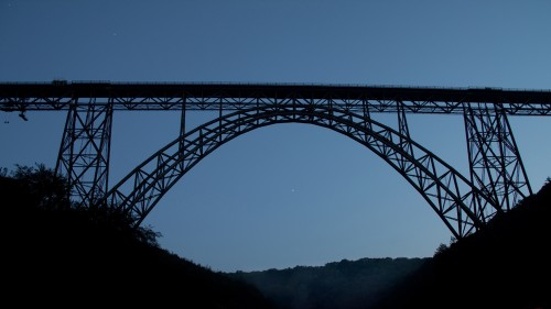Müngstener Brücke zur blauen Stunde