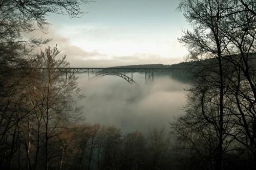 Müngstener Brücke im Nebel